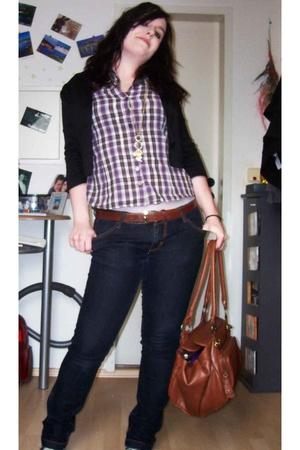 H&M blazer - H&M shirt - Accessorize necklace - my mums closet belt - thrifted j
