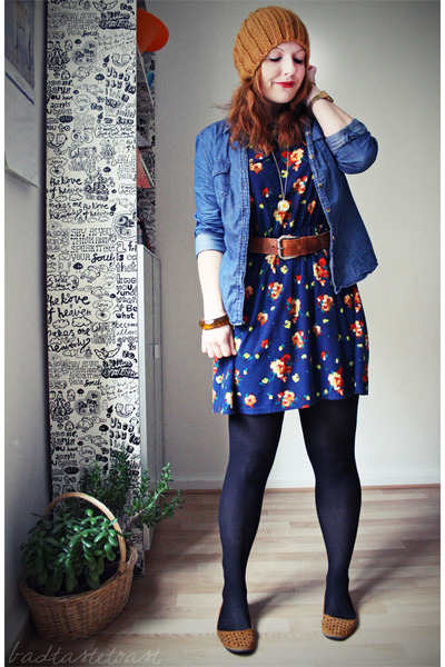 brown vintage belt - blue Primark dress - mustard Zara hat - sky blue H&M shirt