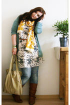 yellow Ebay scarf - white H&M dress - beige Roxy purse