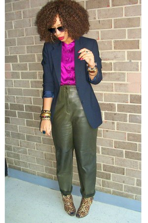 navy boyfriend Style Revolver blazer - dark green trousers vintage pants - magen