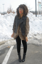 black Forever 21 leggings - brown vintage shirt - Guess boots - Express vest
