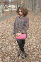 black f21 leggings - pink vintage purse - black Jeffreys shoes - blue Liz Sport