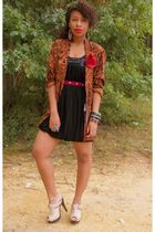 brown vintage blazer - beige Qupid shoes - black Forever 21 dress