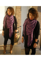 purple H&M scarf - black BCBG dress