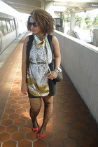 CC vest - CC scarf - lola shoes