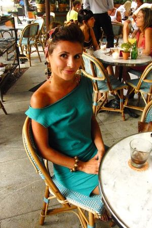 blue dress - gold earrings - red accessories - brown bracelet