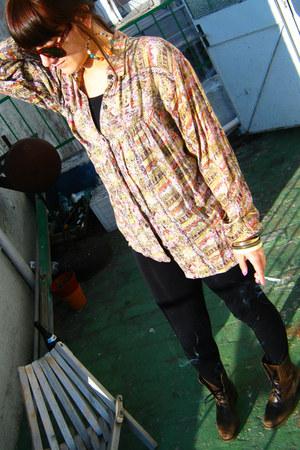 brown boots - irregular print shirt - black tights