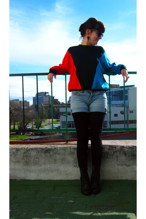 cotton sweater - black combat boots - black tights - light blue denim shorts