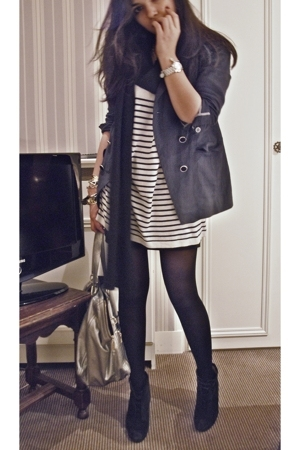dont know scarf - Secondhand jacket - Zara t-shirt - Tara Jarmont skirt - Loubou