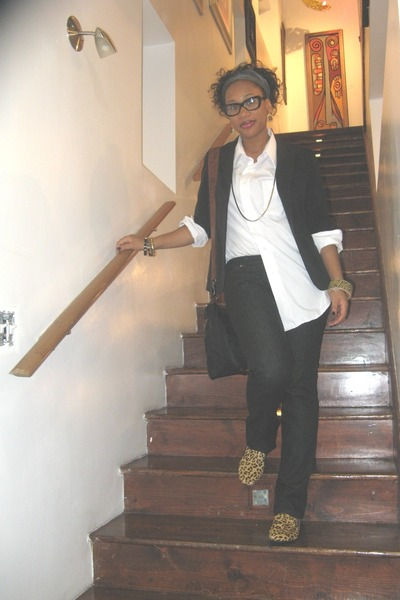 camel leopard print Steve Madden loafers - black boot cut Hudson jeans