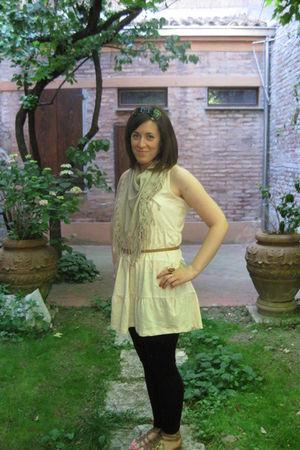 pink H&M dress - brown H&M belt - black H&M leggings - brown cinti shoes - beige