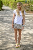Multi sequin skirt with neon details