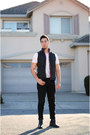 White-v-neck-puma-shirt-black-levis-pants