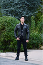 Black-dr-martens-boots-dark-brown-faux-leather-american-rag-jacket