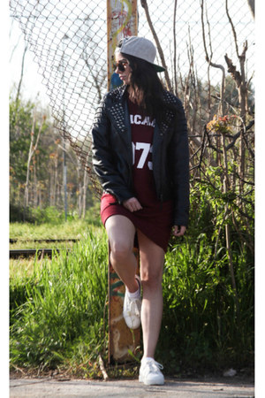 varsity Forebelle dress - baseball Sneak aces hat - leather pull&bear jacket