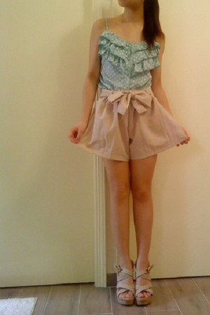 camel shorts - light blue ruffles top