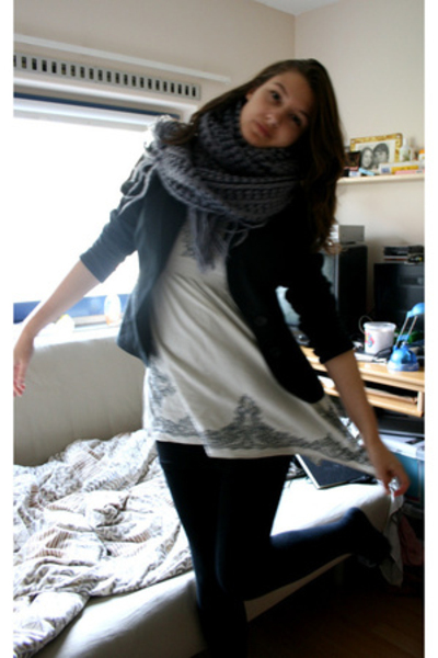 H&M scarf - forever 21 dress - Vero Moda blazer - H&M top - Market tights