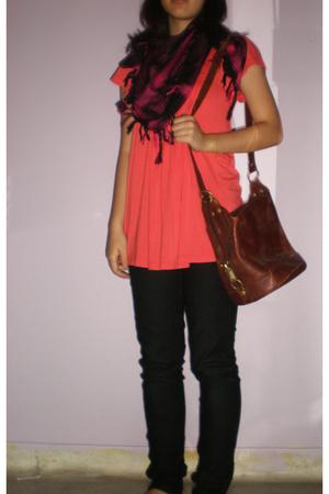 top - jeans - scarf - purse - shoes