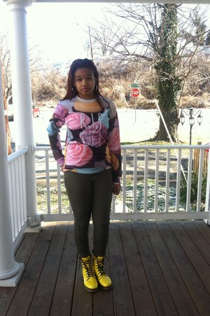bubble gum Sheinside sweatshirt
