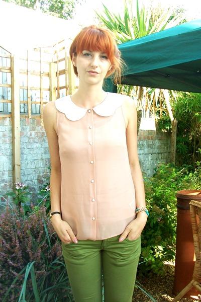 peach Primark blouse - chartreuse monkee gens pants