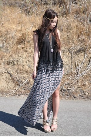 Kivari top - brandy melville skirt - BCBG wedges