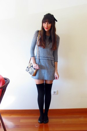 blue tweed BLANCO dress - tawny cat a gift bag - black H&amp;M flats