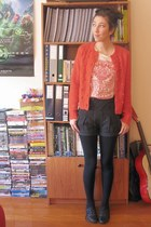 dark gray high waist shorts - black shoes - red cable knit cardigan