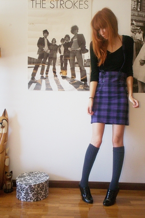 H&M shirt - H&M skirt - Calzedonia socks - second hand shoes