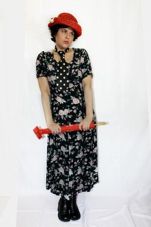 vintage accessories - Nine West boots - Laura Ashley dress