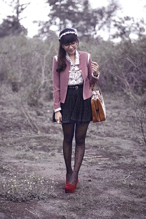 pink Berrybenka blazer - tawny vintage bag - brick red velvet shoecorner pumps