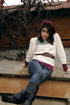 red vintage hat - white handmade sweater - red H&M sweater - blue Guess jeans -
