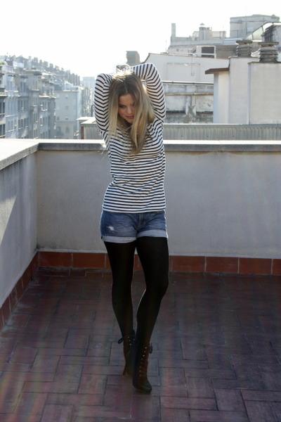 blue Levis shorts - black Bimba & Lola boots