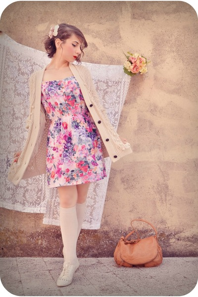 light pink gift dress - ivory Urban Outfitters shoes - nude Lucky Brand bag