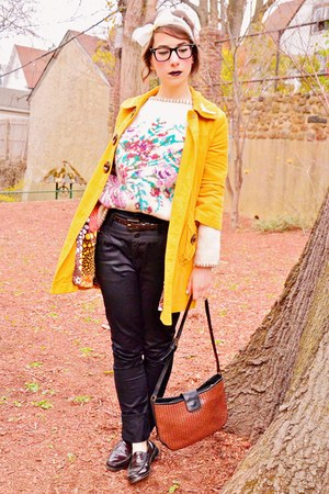 Bass shoes - Jolt coat - vintage bag - Laura Ashley cardigan