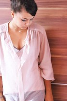 black Mango leggings - light pink Mango blouse