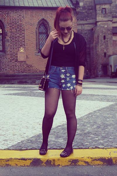 Ann Christine shorts - Boohoo boots - H&M blazer - Boohoo bag - H&M top