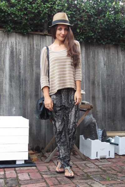 print Topshop pants - slouch Witchery top - t-bar sandals