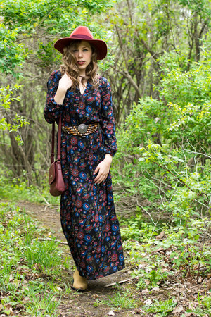 black floral maxi Forever 21 dress - camel ankle Old Navy boots