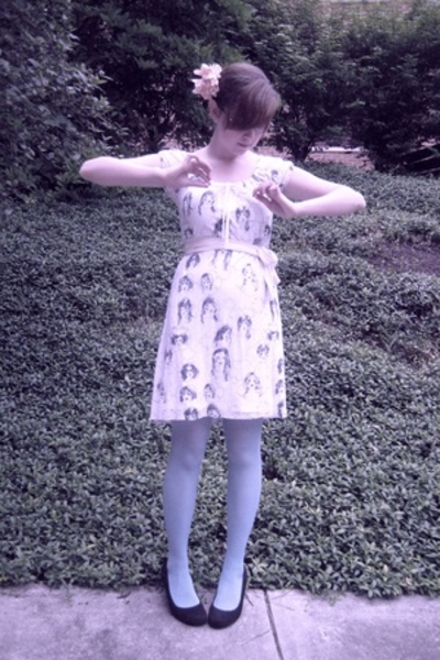 dress - We Love Colors tights - Urban Outfitters shoes