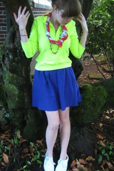 Gap shirt - forever 21 skirt - H&M shoes - scarf