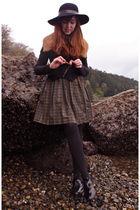 black Belfry hat - black UO jacket - brown vintage fur collar accessories - gree