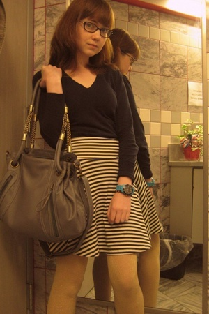 Banana Republic Outlet sweater - American Apparel skirt - tights - Ruche purse