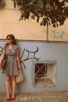 H&M dress - Urban Outfitters shoes - Ruche purse - Street Vendor accessories
