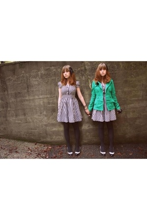 black checkered H&M dress - black vintage shoes - green H&M coat