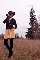 black hats in the belfry hat - black Miss Sixty shoes