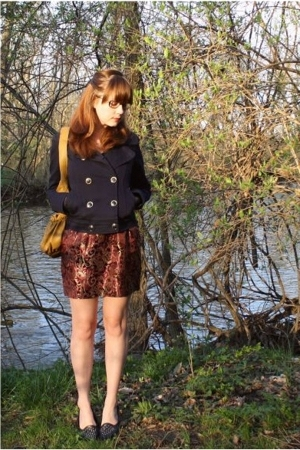 H&M jacket - Banana Republic Outlet sweater - forever 21 skirt - Secondhand shoe