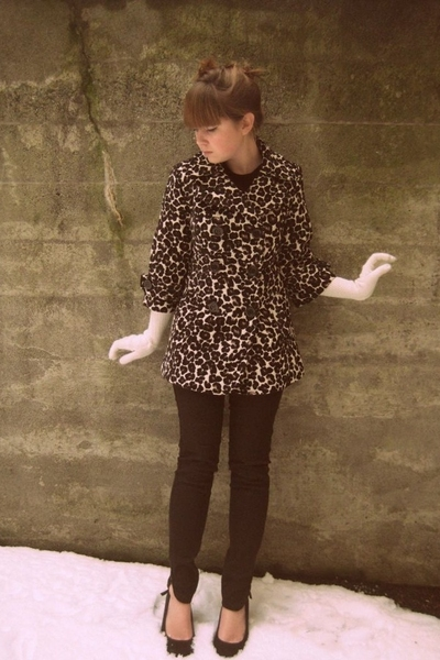 forever 21 coat - forever 21 pants - Urban Outfitters shoes - H&M gloves - Secon
