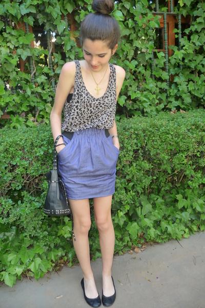 Lefties t-shirt - Zara skirt
