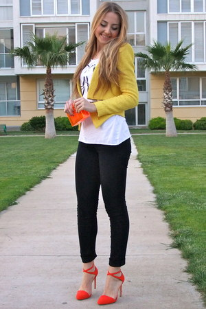 yellow tweed Zara blazer - carrot orange transparent Zara bag