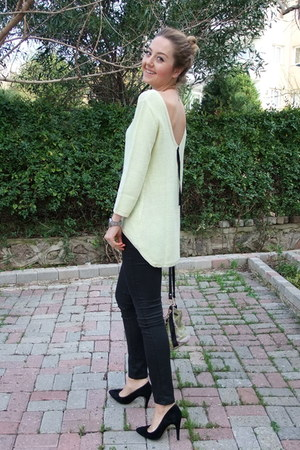Zara sweater - H&amp;M jeans - Mango heels